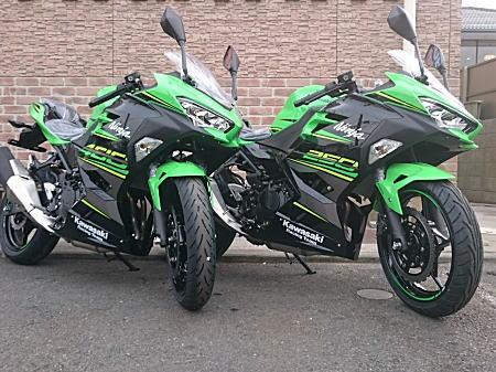 2018 Ninja250&Ninja400 KRT Edition_1.jpg