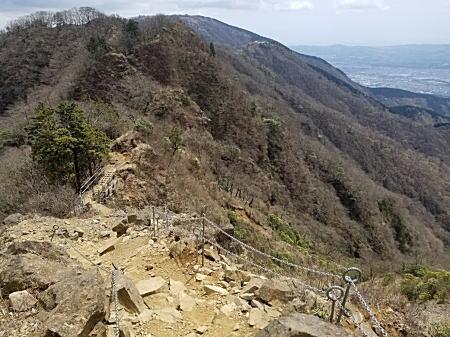 2021.4.12 BOSS丹沢登山 危険尾根.jpg