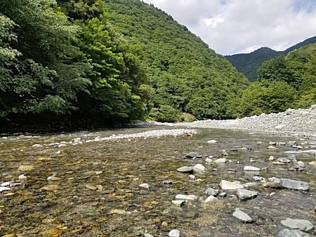 2021.6.21BOSS丹沢湖河川清流_1.jpg